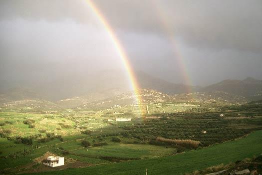 Regenbogen über Naxos
